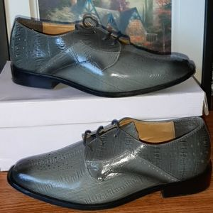 Dapper grey boys dress shoes!!!! Size 6